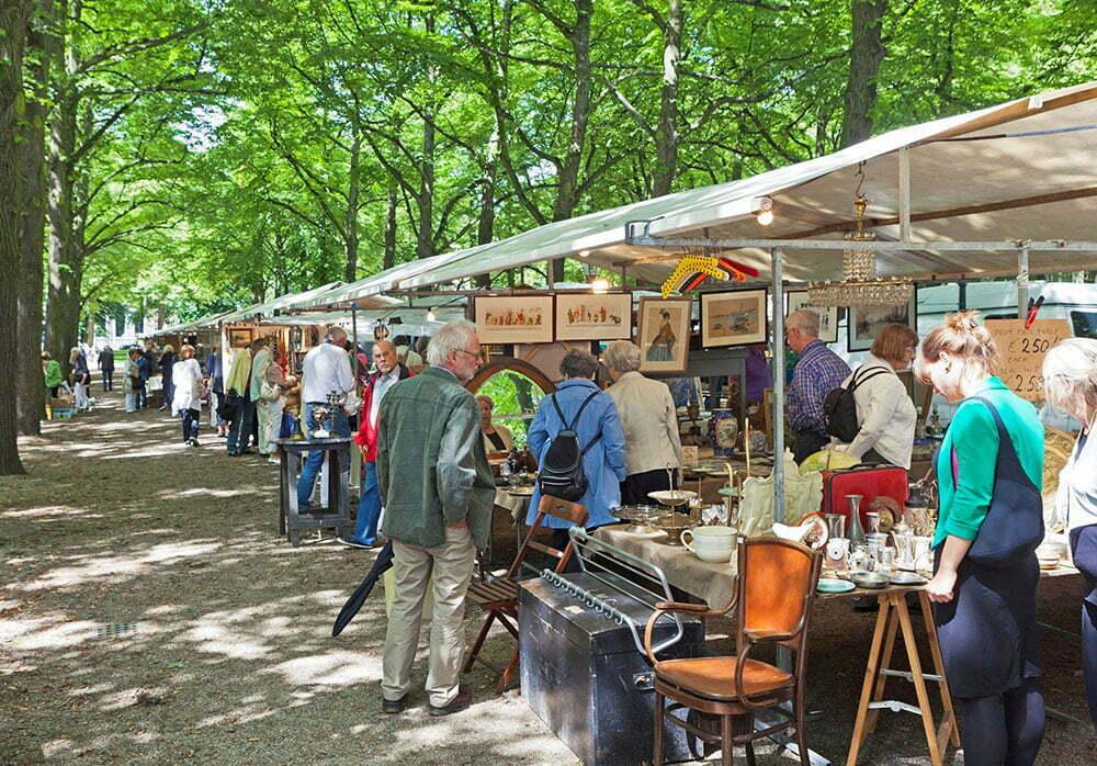 книжно-антикварный рынок в Гааге