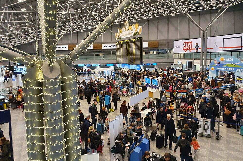 Аэропорт Хельсинки 1 января в 6 утра