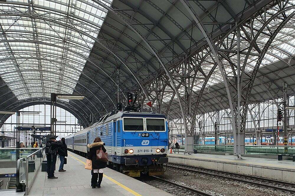 Чешский поезд снаружи