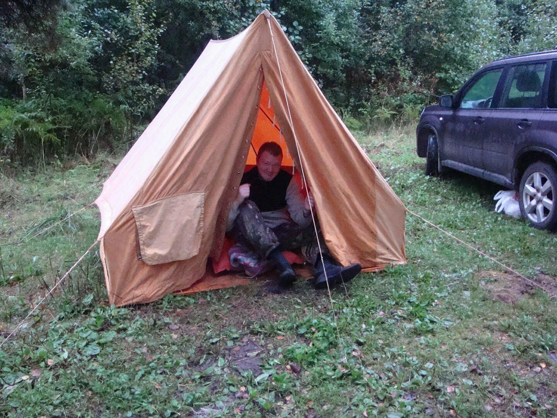 Старая советская брезентовая палатка