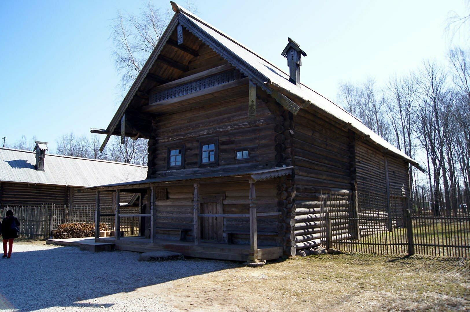 Изба Царевой Е.Н. Музей деревянного зодчества в Великом Новгороде