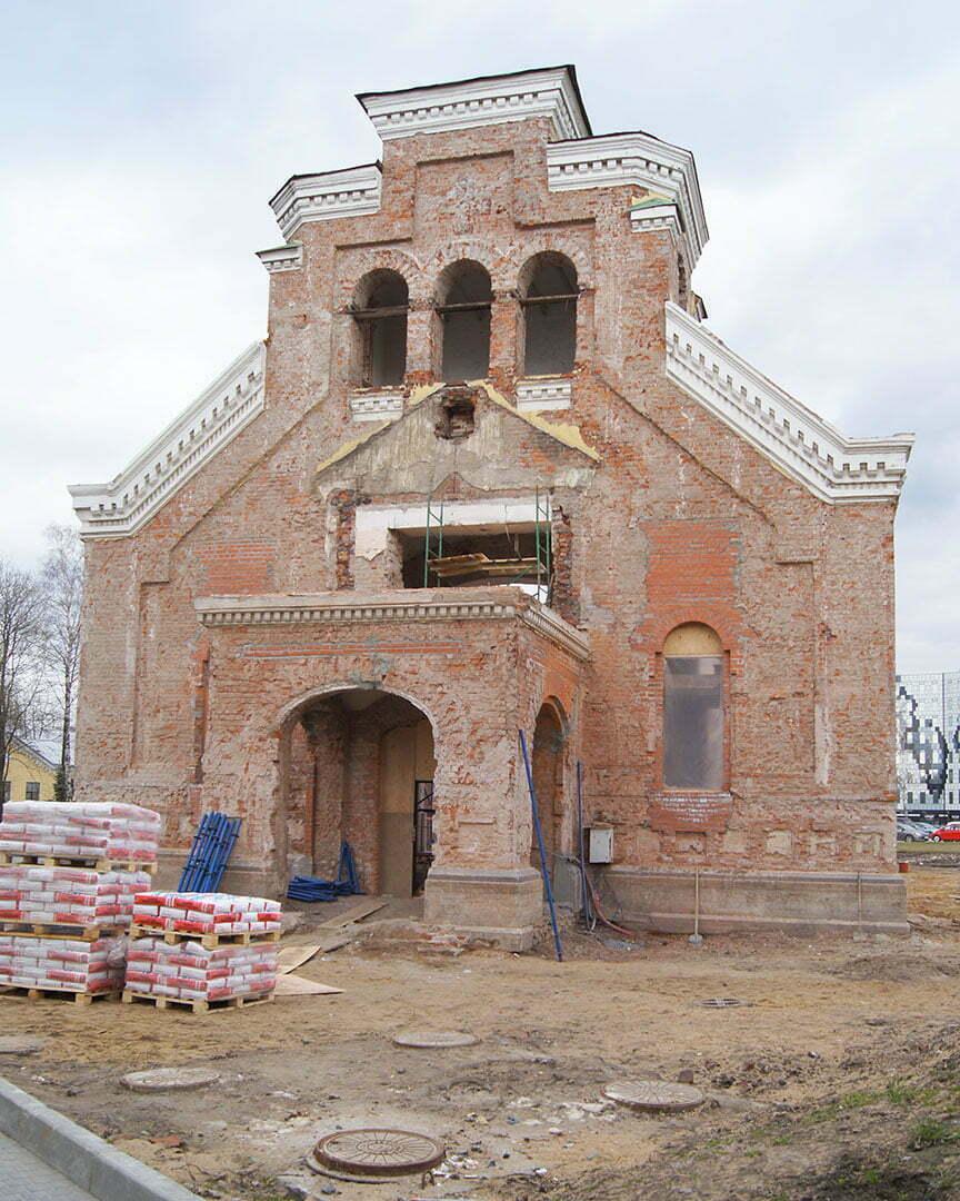 Церковь во имя святителя Пантелеймона на Свердловской набережной