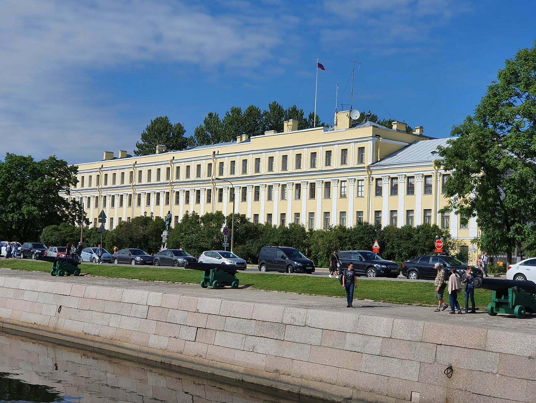 Итальянский или Меньшиковский дворец в Кронштадте
