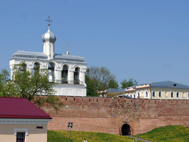 Софийская звонница, музей колоколов в Новгороде
