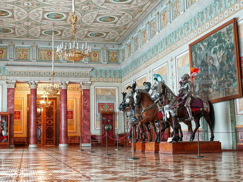 Рыцарский зал в Эрмитаже