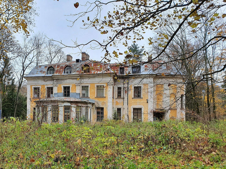 Малый дворец Шуваловского парка