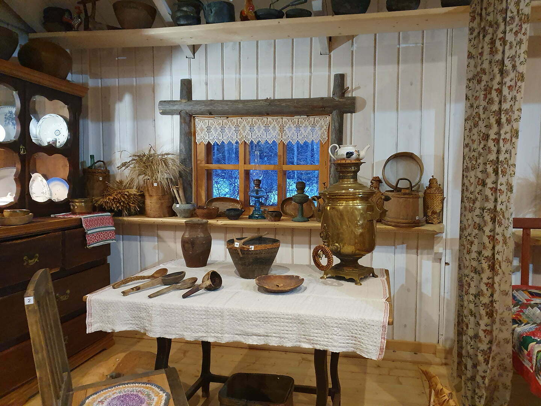 В музее у Мастера в Карелии, самовар