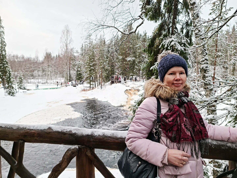Шикова рядом с Рускеальскими водопадами
