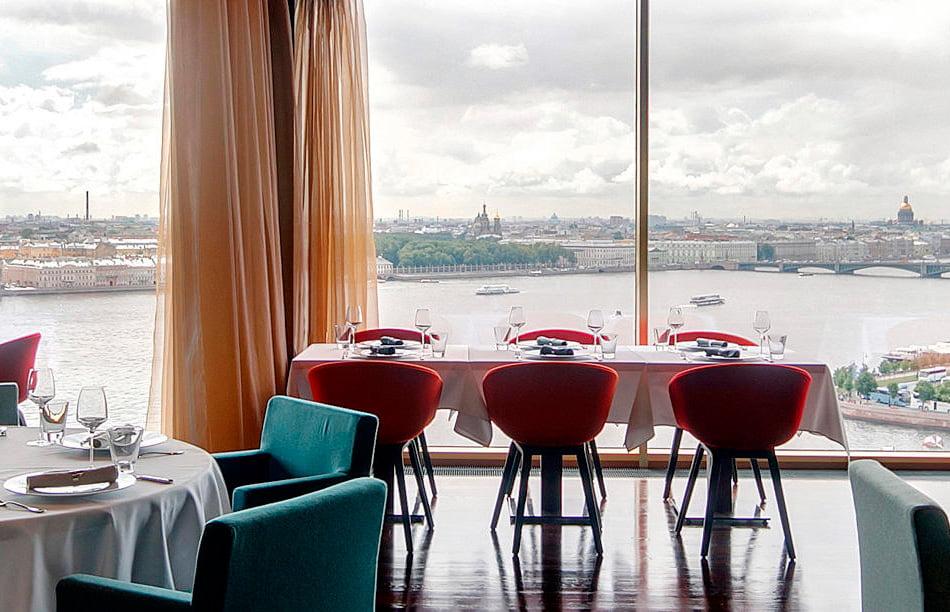 Ресторан Ла Вью в отеле Санкт-Петербург